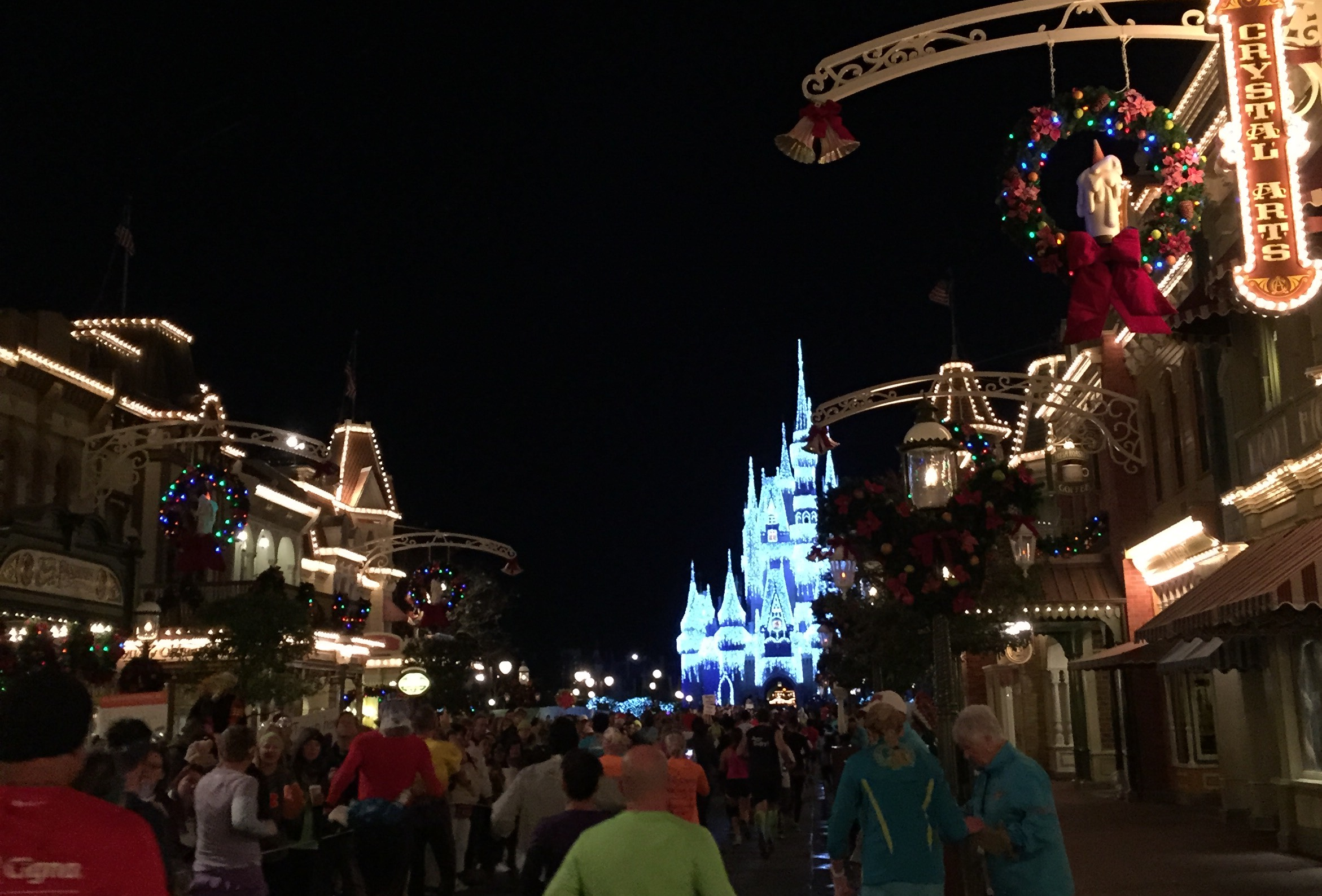 2015 Walt Disney World Half Marathon Main Street Magic Kingdom